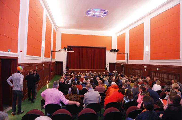 "Ons theater ""De Polygoon"" bruist"