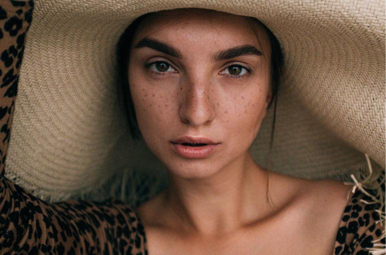 Leer alles over de  Beautytrends van zomer 2020