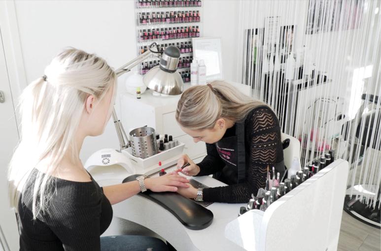 "Graag tot ziens bij Beauty & Wellnesscare Luna ""The Health & Lifestyle Salon''!"