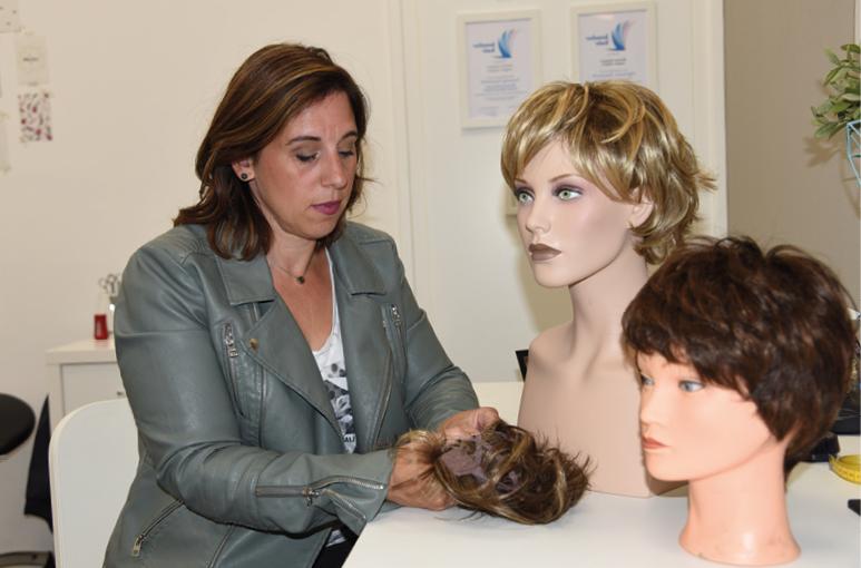 Specialist in haarwerken, hoofdhuid- & haarproblemen